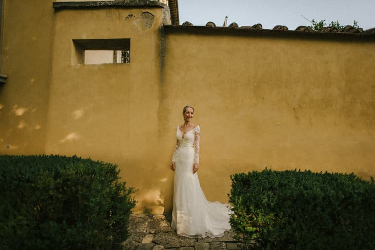 beautiful bride in tuscany