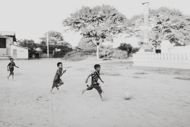 kids playing on the streets of bagan