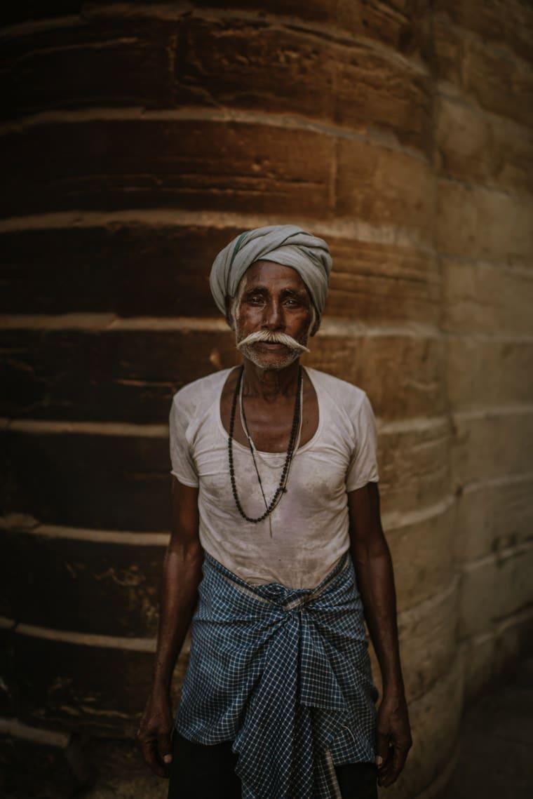 portrait of a man in jaisalmer