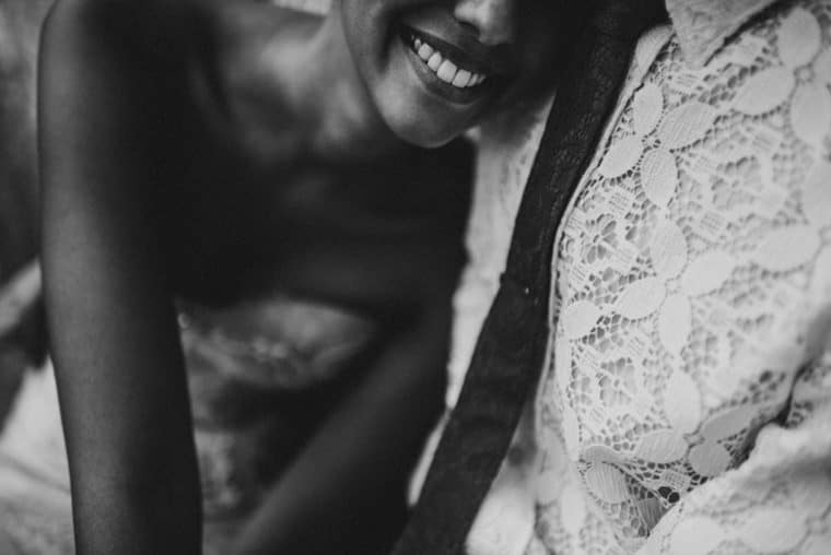 happy bride and groom in jaisalmer