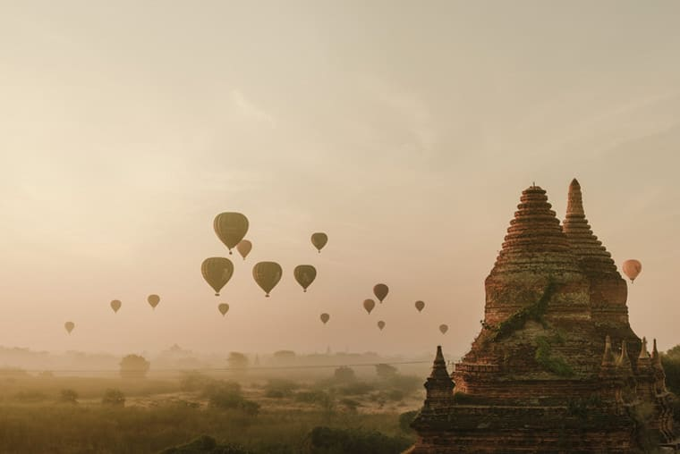 spectacular bagan sunrise