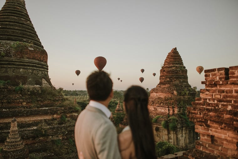 balloons over bagan wedding